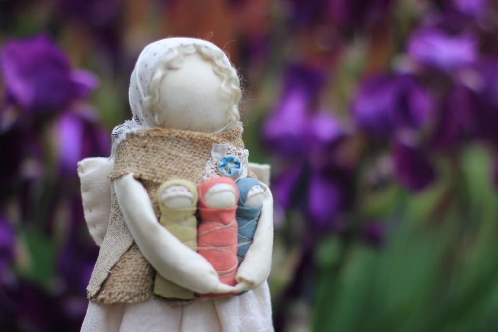 ангел с детками